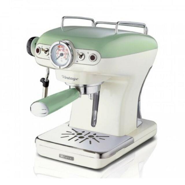 Ariete Vintage 850w 0.9 Liter Kitchen Countertop Espresso Coffee Machine, Green