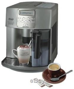 Automatic coffee machine Delonghi Magnifica ESAM 3500. S cappuccino espresso