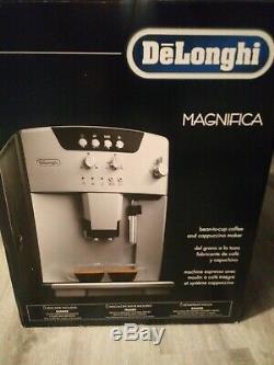 DeLonghi ESAM04110S Magnifica Automatic Espresso Coffee Cappuccino Machine
