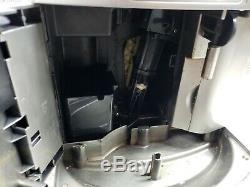 DeLonghi Magnifica ESAM3500. N Coffee Espresso Cappuccino Latte Maker