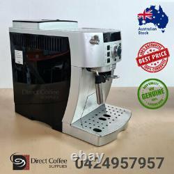 DeLonghi Magnifica S ECAM 22.110. SB Fully Automatic Coffee Machine Used