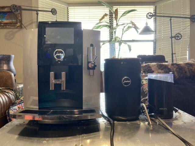 Jura S8 Automatic Coffee Machine, Touchscreen. Moonlight Silver + Cream Chiler