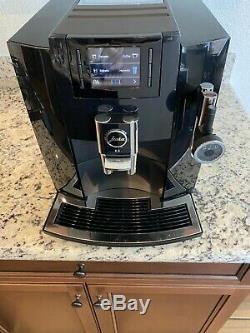 Jura E8 Smart Espresso Coffee Machine (Piano Black)