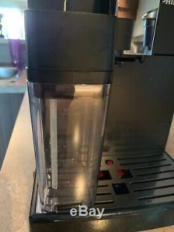 Philips Super-Automatic Espresso & Cappuccino Machine with Carafe, Series 3100