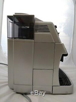 Saeco Vienna Deluxe Superautomatic 2-Cup Espresso, Cappuccino, Coffee Machine